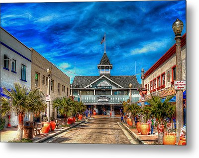 Metal Print featuring the photograph Balboa Pavilion by Jim Carrell