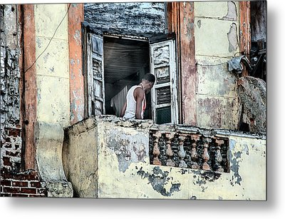 Balcony On The Malecon Metal Print