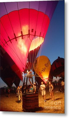 Balloon-glow-7831 Metal Print by Gary Gingrich Galleries