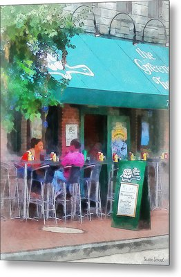 Baltimore - Happy Hour In Fells Point Metal Print by Susan Savad