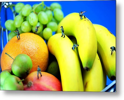 Band Of Brothers Among Fruits Jungle Little People On Food Metal Print