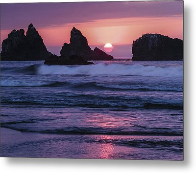 Bandon Beach Sunset Metal Print by Jean Noren
