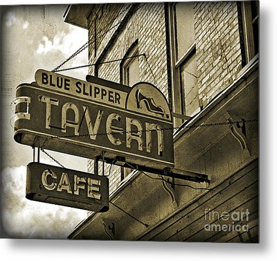 Metal Print featuring the photograph Barhopping At The Blue Slipper 2 by Lee Craig