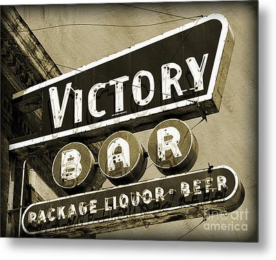 Metal Print featuring the photograph Barhopping At The Victory 2 by Lee Craig