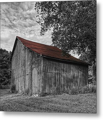 Barn At Avenel Plantation - Red Roof Metal Print by Steve Hurt