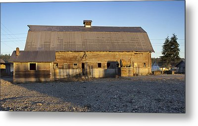 Barn In Rural Washington Metal Print