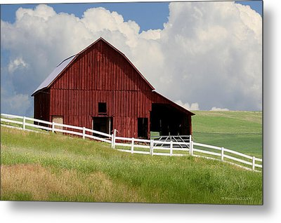 Barn Of The Palouse Metal Print by Melisa Meyers