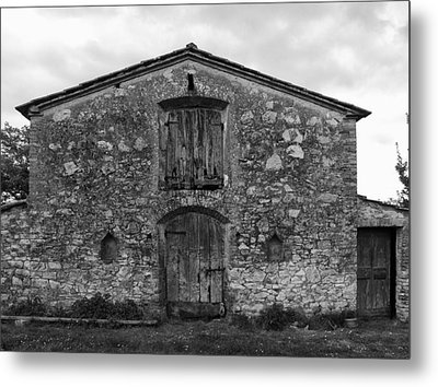 Barn Sienna Metal Print by Hugh Smith