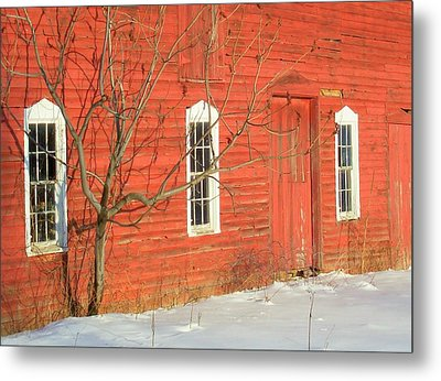 Metal Print featuring the photograph Barnwall In Winter by Rodney Lee Williams