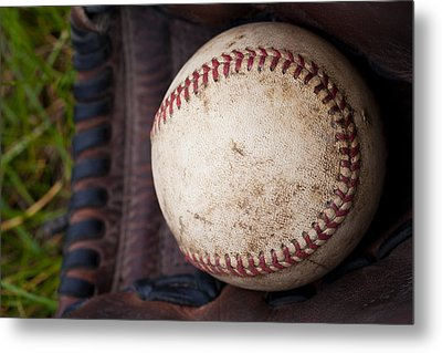 Baseball And Glove Metal Print by David Patterson