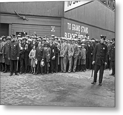 Baseball Fans Waiting In Line To Buy World Series Tickets. Metal Print by Underwood Archives