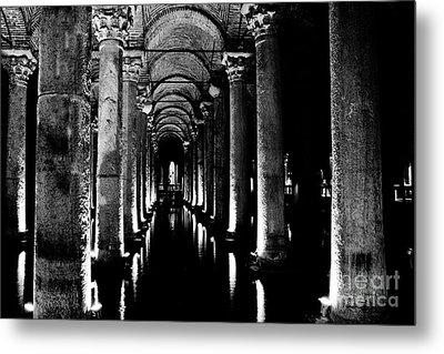 Basilica Cistern In Black And White Metal Print by Emily Kay