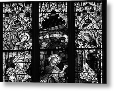 Basilica Stained Glass 1 Bw Metal Print