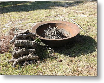 Metal Print featuring the photograph Basin by Lorna Maza