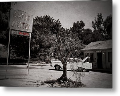 Bates Motel Metal Print by RicardMN Photography