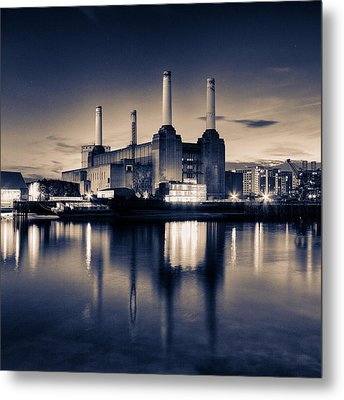 Battersea Power Station London Metal Print by Ian Hufton