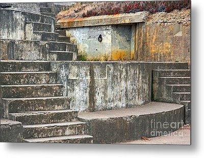 Metal Print featuring the photograph Battery Chamberlin by Kate Brown