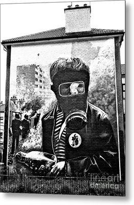 Battle Of The Bogside Mural Metal Print