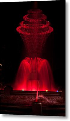 Bayliss Park Fountain Red Metal Print by Becky Meyer