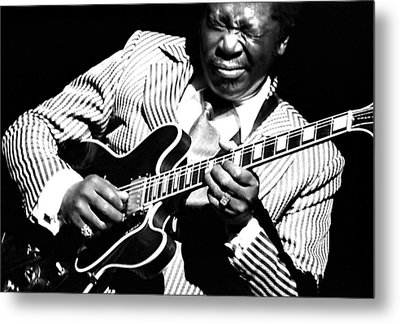 B.b. King - Squeezing Lucille Metal Print