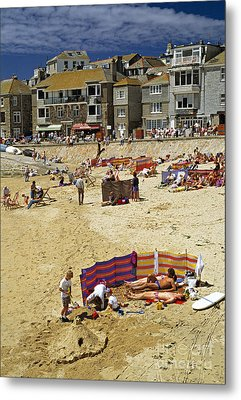 Beach At St Ives Cornwall Uk 1990 Metal Print by David Davies