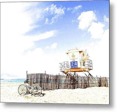 Metal Print featuring the photograph Beach Cruiser by Margie Amberge