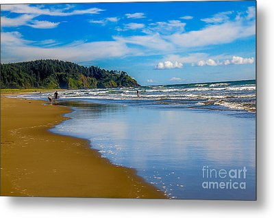 Beach Fun  Metal Print by Robert Bales