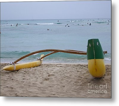 Beach Play Metal Print by Mary Deal