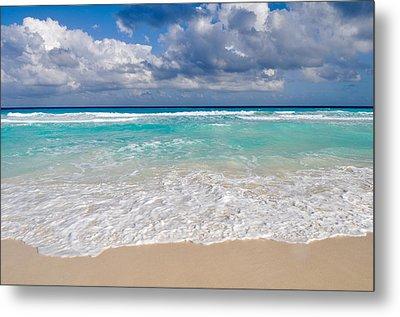 Beautiful Beach Ocean In Cancun Mexico Metal Print