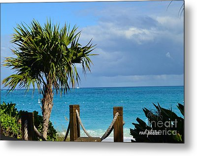 Metal Print featuring the photograph Beautiful Day At The Beach by Judy Wolinsky