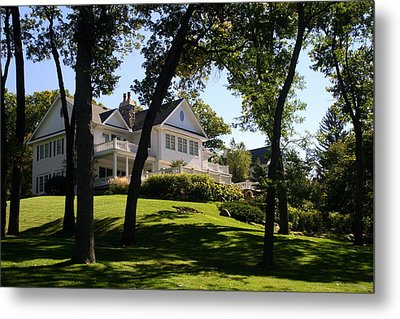 Beautiful Hillside Home Metal Print