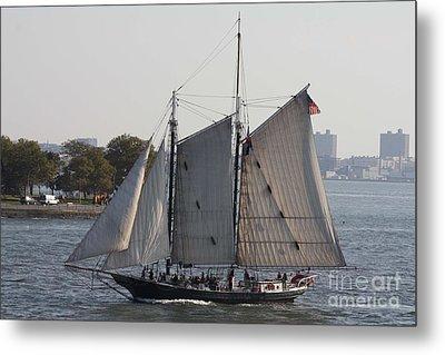 Beautiful Sailboat In Manhattan Harbor Metal Print by John Telfer
