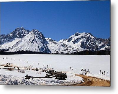 Beautiful Sawtooth Mountains Metal Print by Robert Bales