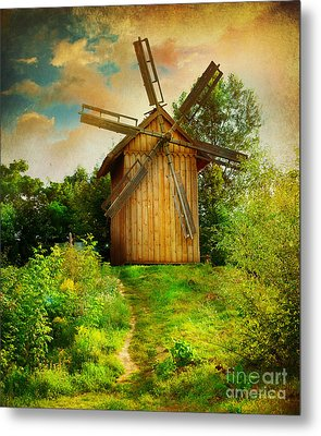 Metal Print featuring the photograph Beautiful Windmill by Boon Mee