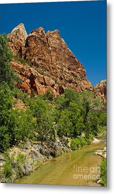Metal Print featuring the photograph Beauty Canyon by Boon Mee