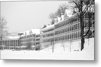 Bedford Springs Northern Colonnades  Metal Print by Mary Beth Landis