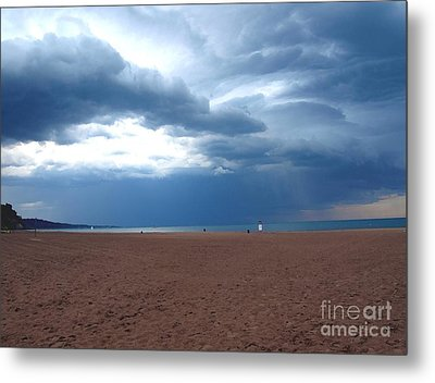 Before The Storm Metal Print by Susan  Dimitrakopoulos