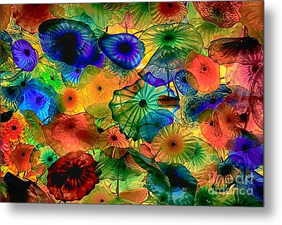 Bellagio Flowers Metal Print by Nicola Fiscarelli