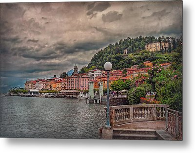 Bellagio In The Rain Metal Print by Hanny Heim