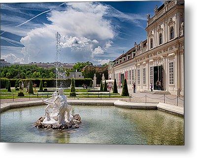 Belvedere Fountains Metal Print by Viacheslav Savitskiy