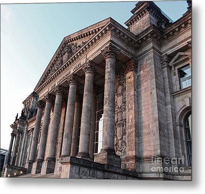 Berlin - Reichstag - Front - 02 Metal Print by Gregory Dyer