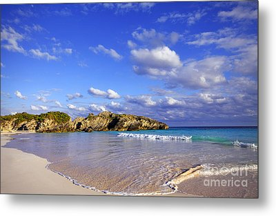 Bermuda Horseshoe Bay Metal Print by Charline Xia