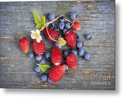 Berries On Rustic Wood  Metal Print by Elena Elisseeva