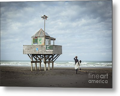 Bethells Beach New Zealand Lifeguard Tower And Surfer  Metal Print by Colin and Linda McKie