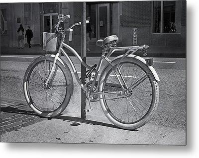 Bicycle Metal Print by Betsy Knapp