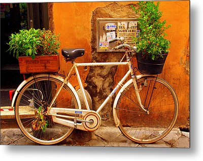 Metal Print featuring the photograph Bicycle In Rome by Caroline Stella