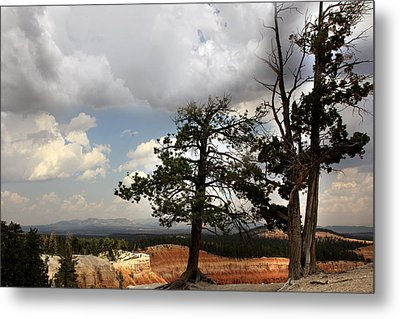Big Sky Over Bryce Canyon Metal Print by Joseph G Holland