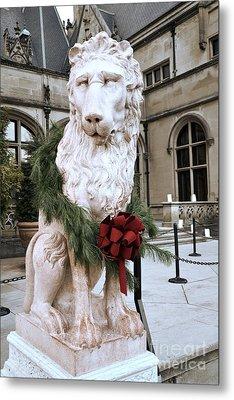 Biltmore Mansion Estate Lion - Biltmore Mansion Mascot - Biltmore Lion Christmas Wreath Metal Print by Kathy Fornal