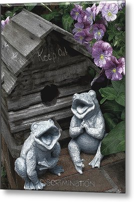 Birdhouse With Frogs Metal Print by Bonnie Willis