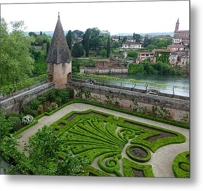 Bishop Garden In Albi France Metal Print by Susan Alvaro